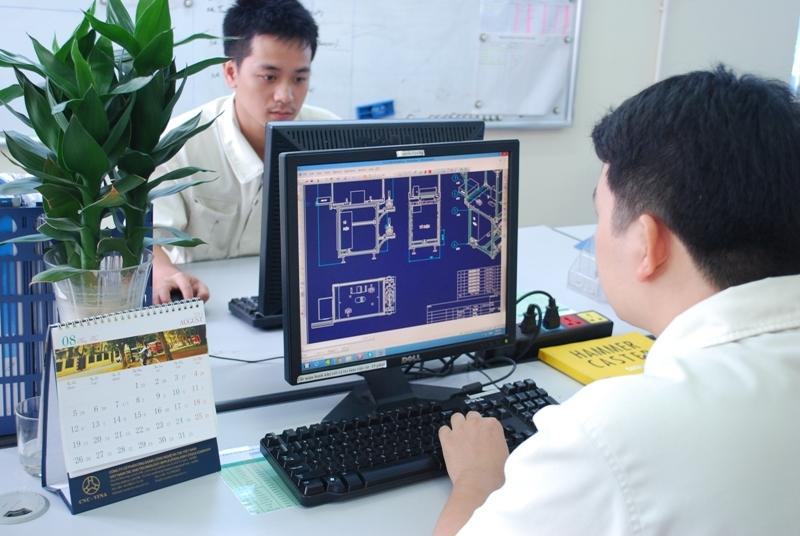 7 kỹ sư sử dụng CAD 3D làm tại Okayama tháng 2/2016