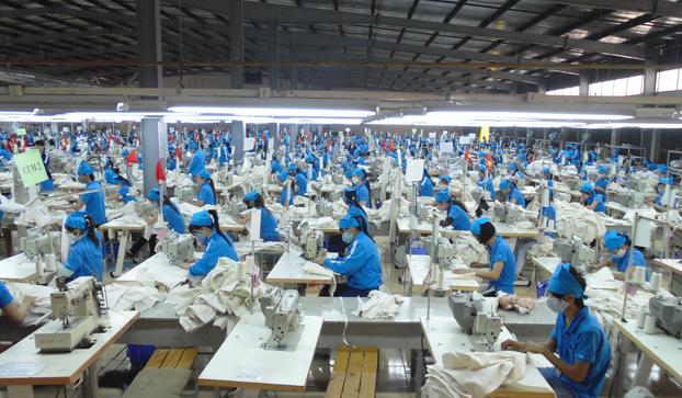 Đi xuất khẩu lao động Nhật Bản ngành may mặc có vất vả không?