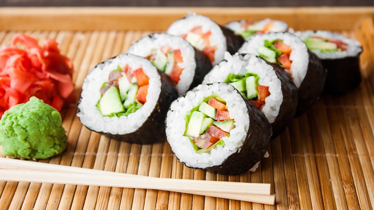 Kết quả hình ảnh cho cách làm món ăn sushi nhật bản