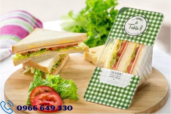 Nhận hồ sơ: 18 nam chế biến bánh sandwich tại Shizuoka Nhật Bản