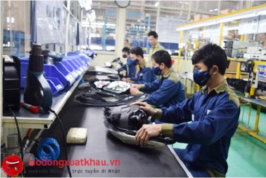 Tuyển 21 nam sản xuất linh kiện nhựa tại tỉnh Ehime Nhật Bản
