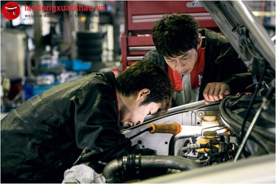 Thi tuyển đơn hàng sửa chữa ô tô tại Việt HR